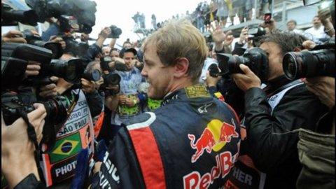F1, Gp Brasile: Vettel campione del mondo, Alonso sfiora l'impresa