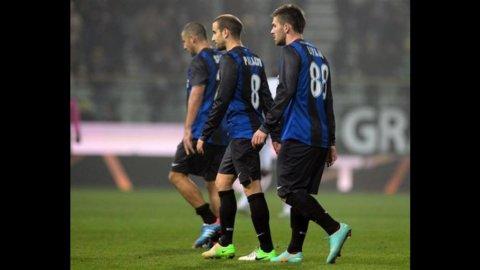 Inter, con il Parma ennesimo stop: gli emiliani stendono i nerazzurri con un supergol di Sansone