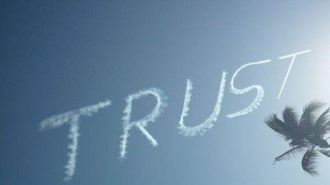Ue, la fiducia torna a crescere