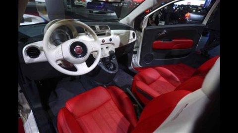 Auto: mercato Italia -20,1%, Fiat -16,5%