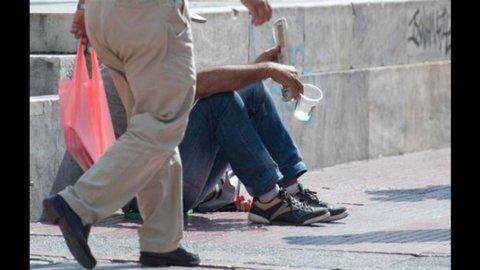 Istat: un italiano su 4 a rischio povertà