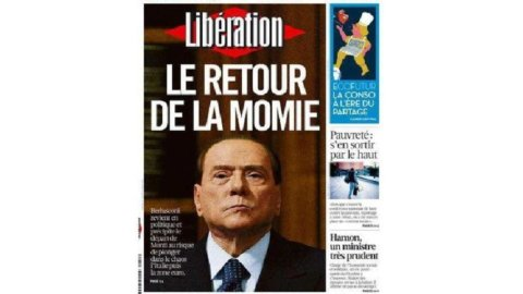 """""""Il ritorno della mummia"""", """"Il ritorno del Bunga-Bunga"""": l'ironia della stampa estera su Berlusconi"""