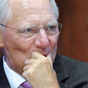 """Schaeuble alla Corte di Karlsruhe: """"Il piano sui bond della Bce è legittimo"""""""