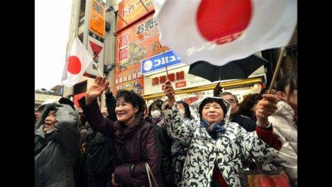 Elezioni Giappone: il nazionalista Shinzo Abe è il nuovo premier
