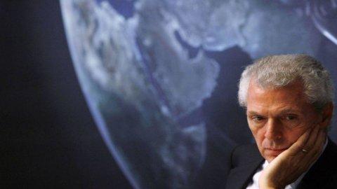 Borsa, Camfin-Pirelli: titoli sospesi in attesa di un comunicato sul riassetto