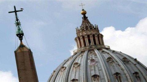 Imu alla Chiesa, arriva sì di Bruxelles: la legge Monti non è aiuto di Stato, ma niente arretrati