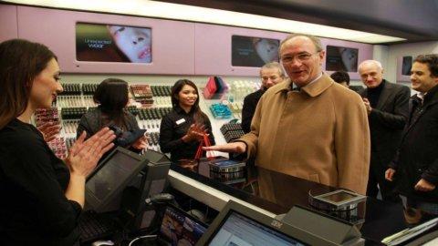 UniCredit inventa Papillon, primo pagamento biometrico touchless: per pagare basta tendere la mano
