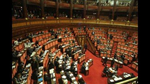 Elezioni, il Senato approva il decreto firme