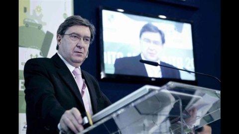 Istat: l'Imu fa calare il deficit, -0,5% (al 3,7%) nei primi nove mesi del 2012