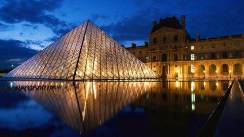 Parigi, attacco al Louvre. Sventato