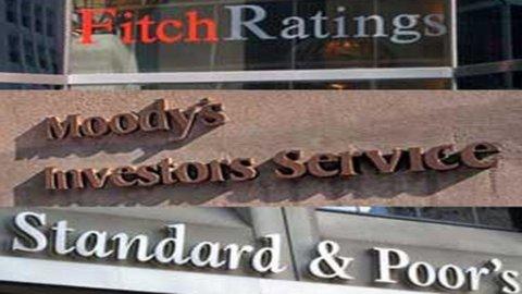 Migliorano i rating nell'Europeriferia: Fitch promuove la Grecia, S&P la Spagna