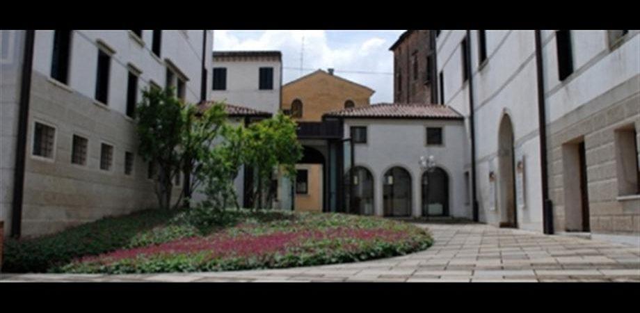 """be279388b3 Fondazione Benetton: Lo studio e la cura dei luoghi. Confrontare idee e  strumenti. """""""