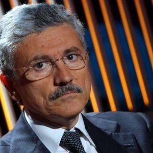 """Massimo D'Alema: """"Controcorrente. Intervista sulla sinistra al tempo dell'antipolitica"""""""