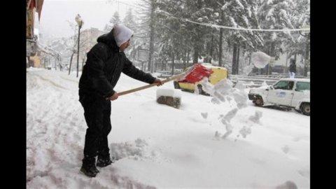 Meteo, da giovedì nuova ondata di gelo e maltempo: neve in pianura al Nord