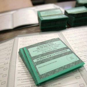 Legge elettorale: no alle preferenze, il voto della Camera slitta a lunedì