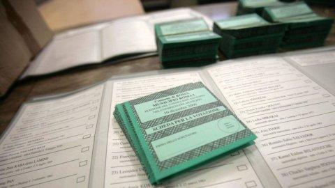 Sondaggi elezioni 2013 in altalena: al Senato il Pdl recupera e può sorpassare il Pd