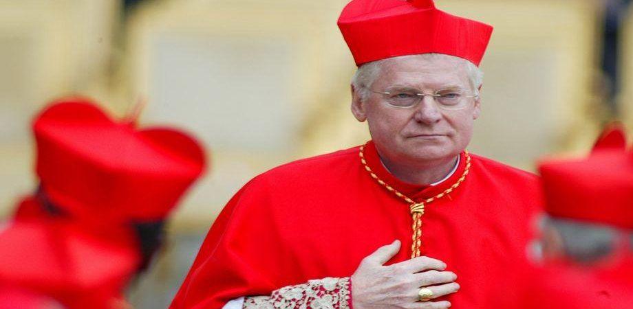 Conclave, bookmaker scatenati: Scola favorito, il Papa nero il più giocato. E spunta Padre Maguire..