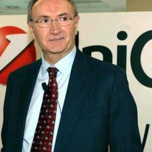 Unicredit, Ghizzoni: Al lavoro con Intesa per un piano su crediti ristrutturati, presto la decisione