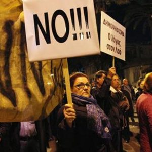 Cipro boccia il prelievo sui depositi: a rischio il prestito dell'Europa