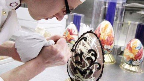 Pasqua, Codacons: crollano i consumi, uova e colombe -17%