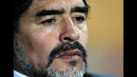 Fisco e calcio, Equitalia incontra l'avvocato di Maradona