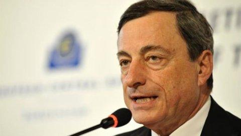 Bce, esperti Eurozona tagliano previsioni Pil: -0,4% nel 2013