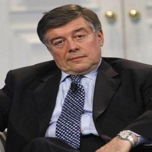 """Fiat, Zanonato: """"Meglio la sede all'estero del declino"""""""