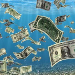 L'America torna a correre e il dollaro vola ma i tassi resteranno bassi