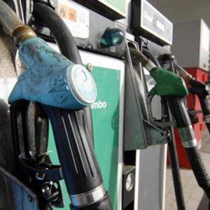 Benzina e condono Iva: manovra alla volata finale, le novità