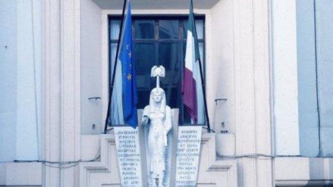 Istat: Pil -2,4% nel primo trimestre, peggio delle attese