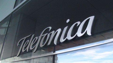 Telefonica, linea credito da 743 milioni per acquisto infrastrutture Nokia