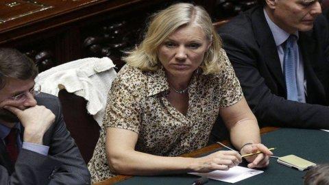 Governo, caso Idem: alla fine arrivano le dimissioni del Ministro