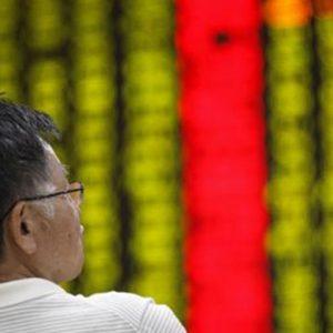La Borsa di Tokyo chiude a -2% dopo il balzo record di ieri