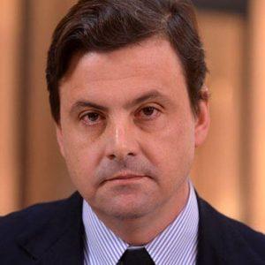 """Made in Italy, il viceministro Calenda all'assemblea Smi: """"La moda senza manifattura è fuffa"""""""