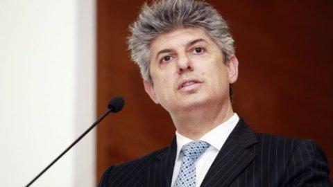 """Telecom Italia, Patuano: """"No ipotesi aumento di capitale"""", il titolo vola in Borsa"""