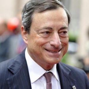 Bce e Boe: tassi d'interesse fermi al minimo storico dello 0,5%