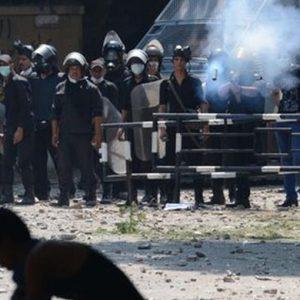 Egitto: scontri tra manifestanti pro e anti Morsi