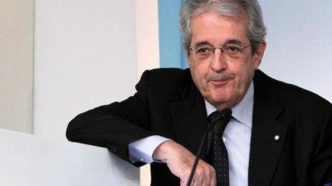 """Saccomanni alle banche: """"Revisione fisco sui prestiti in perdita"""""""