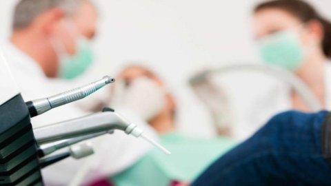Romania, boom di dentisti pronti a invadere il mercato europeo
