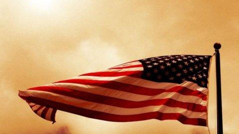 La frenata dell'industria americana fa sbandare le Borse: Piazza Affari limita i danni (-0,32%)