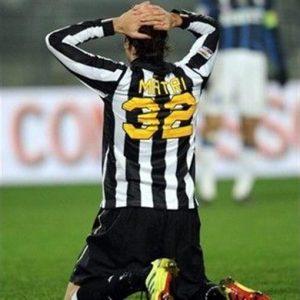 Oggi il Milan si gioca la Champions con il Psv: se vince arrivano Matri e Astori. Ljajic alla Roma