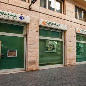 Banche, Cariparma: 3 Casse di risparmio per 1 euro