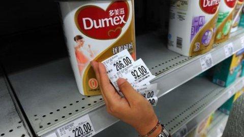 Il primo ministro neozelandese corre a Pechino per scusarsi del latte al botulino