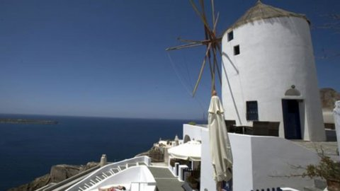 Grecia, boom delle entrate grazie ai turisti russi