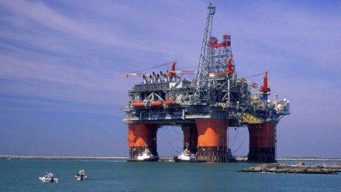 Petrolio: Eni ottiene estensione di 3 anni esplorazioni in Angola
