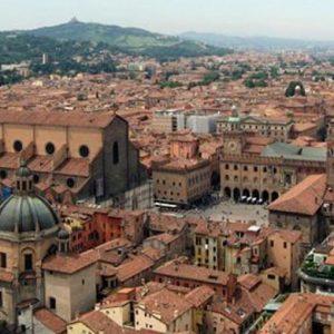Nomisma e Philip Morris: la città italiana con più richiesta di laureati? Bologna