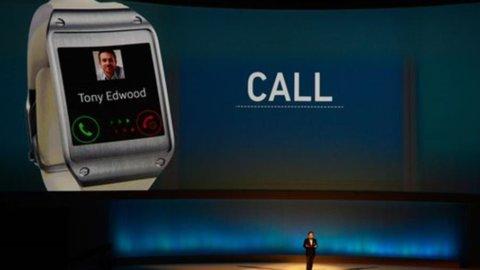 Samsung batte sul tempo Apple: suo il primo smartwatch