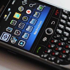 BlackBerry chiude il secondo semestre in negativo, ricavi a -45%