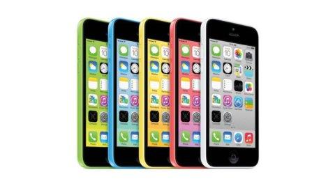 Apple, record di vendite per l'iPhone 5S e il titolo vola al Nasdaq