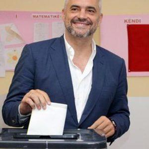 """Ue, Barroso: """"Albania possibile candidata entro il 2013"""""""